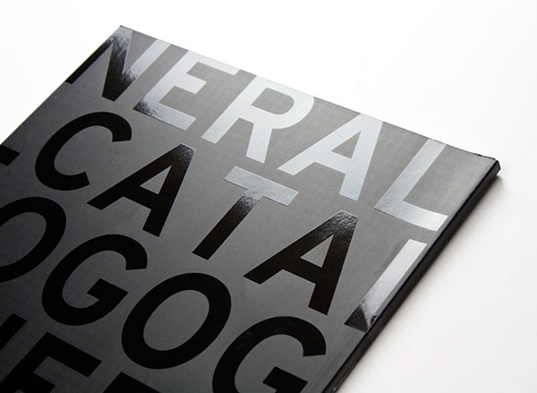 acabados UVI de serigrafía para artes gráficas