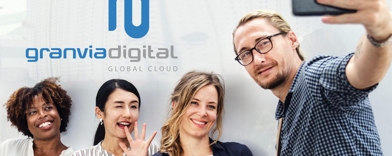 Selfie frente a Granviadigital